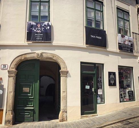 Galerie Ana