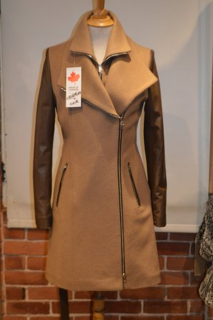 Fourrures Dubarry: Cashmere and Leather 7/8th Belted Jacket