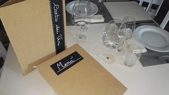 Монтеу-Роеро, Италия: Menu' alla carta .L'AgriOsteria propone piatti tipici piemontesi e vegetariani.