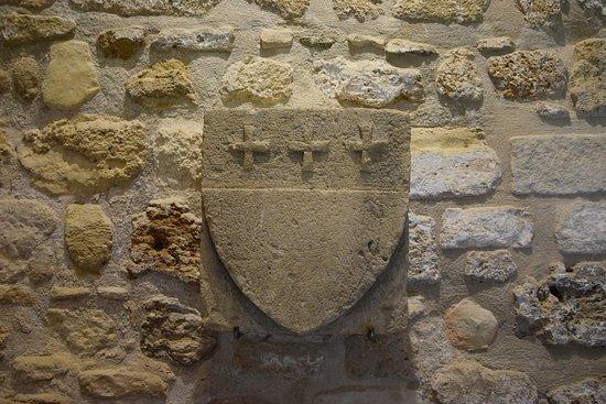 Larnaka Medieval Castle: Stemma