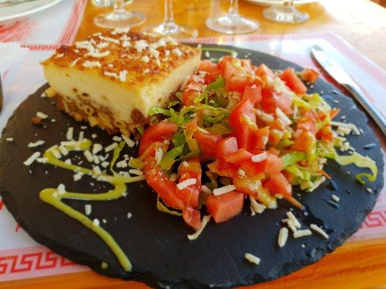 Iniohos Restaurant: 20180521_194115_large.jpg