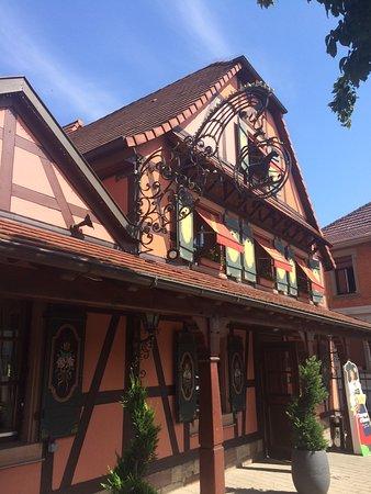 Hoenheim, فرنسا: Restaurant Au Cheval Noir, Hohenheim, France