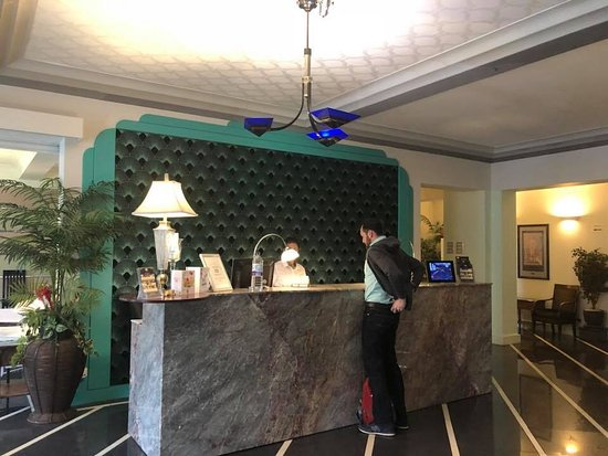 The Earl of Doncaster: Beautiful reception desk