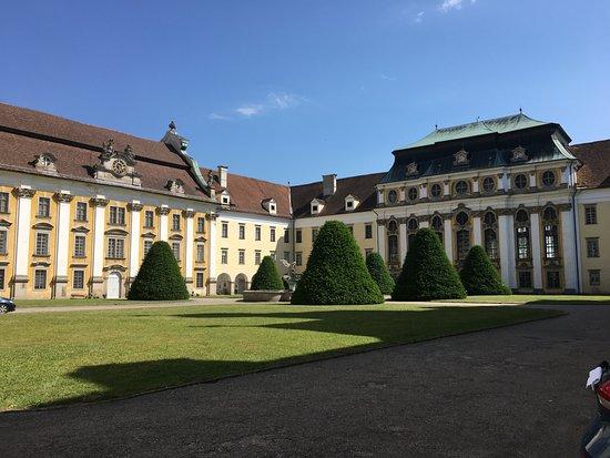 Augustiner Chorherrenstift St. Florian: im Hof
