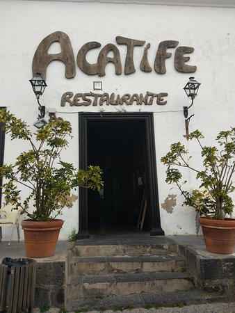 Acatife: Puerta