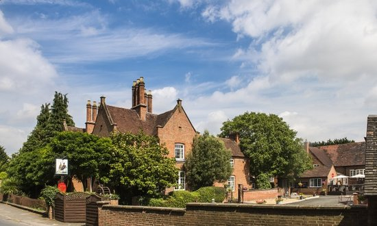 Charlecote, UK: Farmhouse and Courtyard