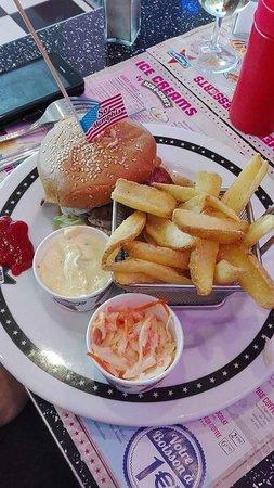 Memphis Coffee Thionville: Menu hamburger