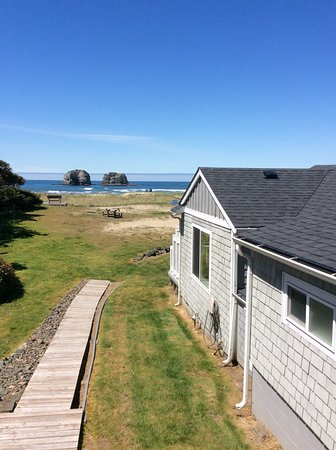 Rockaway Beach, OR: The view from our front porch