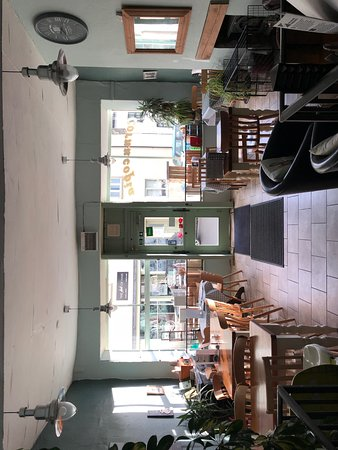 Hatherleigh, UK: Interior of the cafe