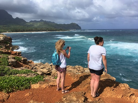 Makawehi Cliffs