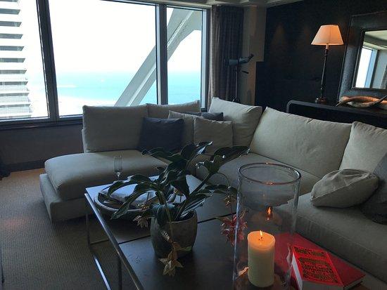 Hotel Arts Barcelona: Club level Lounge