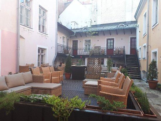 Merchant's House Hotel: 20180515_182811_large.jpg
