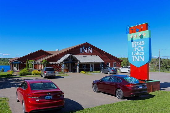 St. Peter's, Canada: Front of Bras d'Or Lakes Inn
