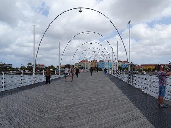 Πλωτή Γέφυρα της Βασίλισσας Έμμα Φωτογραφία