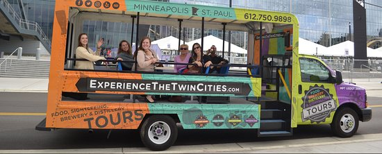 Twin Cities Sightseeing Tours