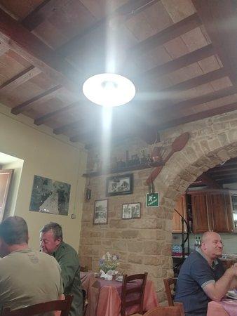 Fiastra, Italia: IMG_20180520_130925_large.jpg