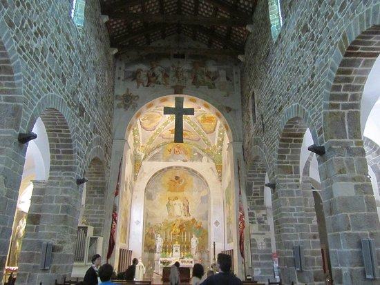 Abbey of Rosazzo (Abbazia di Rosazzo): L'interno della Chiesa
