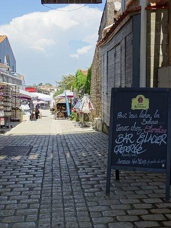 La Cotiniere, ฝรั่งเศส: l'entrée de la ruelle