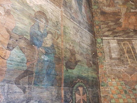 Koscioł pw. Narodzenia Najswietszej Marii Panny: renesansowe polichromie