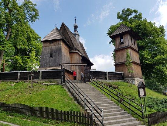 Koscioł pw. Narodzenia Najswietszej Marii Panny: kościół w Racławicach