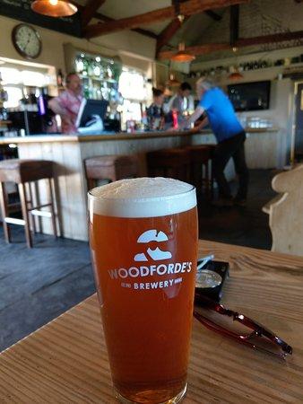Salthouse Dun Cow: Une bonne pinte de bière