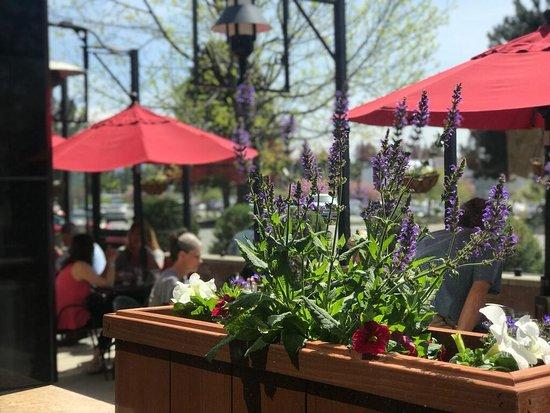 Spokane Valley, WA: Patio Dining