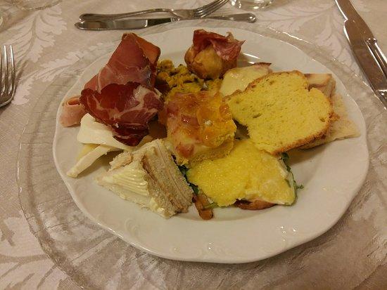 Valfabbrica, Ιταλία: 20180519_210420_large.jpg