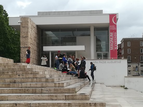 Museo dell'Ara Pacis: Ingresso