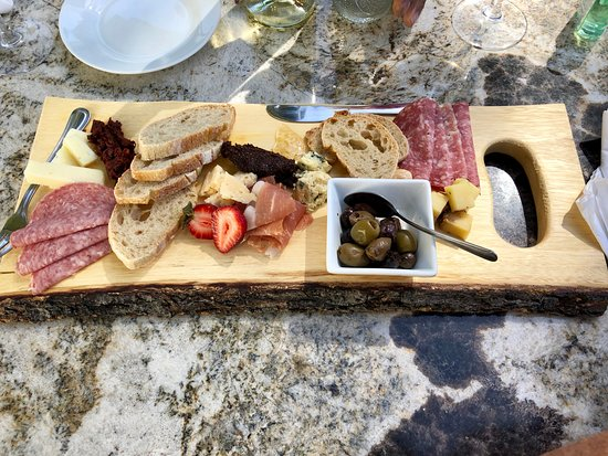 AronHill Vineyards: Cheese and Charcuterie platter to share