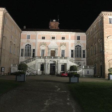 """B&B """"il MOLINO"""" Residenza Storica: Aperitivo al Molino e Govone..."""