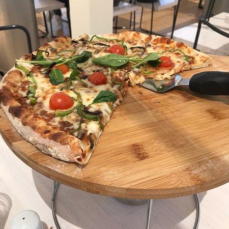 Fabrica Food Mall Φωτογραφία