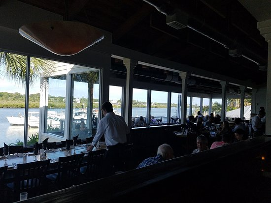 Salt Rock Grill: Views from every table and their fishing boats at the dock