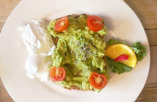 Devils Isle: Avocado toast
