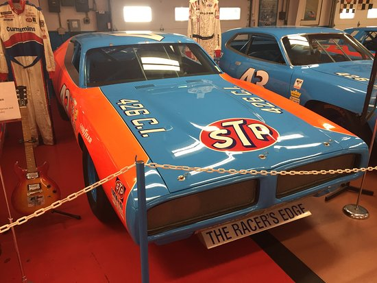 Randleman, Carolina do Norte: The Kings 1972 Dodge, 1st Year of STP and Petty