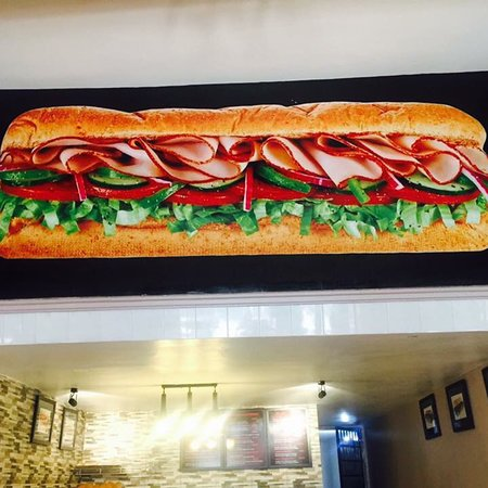 Molly's Sandwich Shop: It's very good subs in Phnom Penh