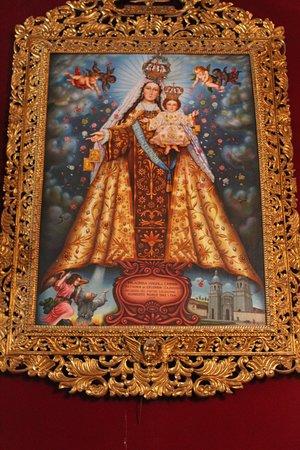 Celendin, Peru: Pintura de la Virgen del Carmen, patrona de la ciudad.