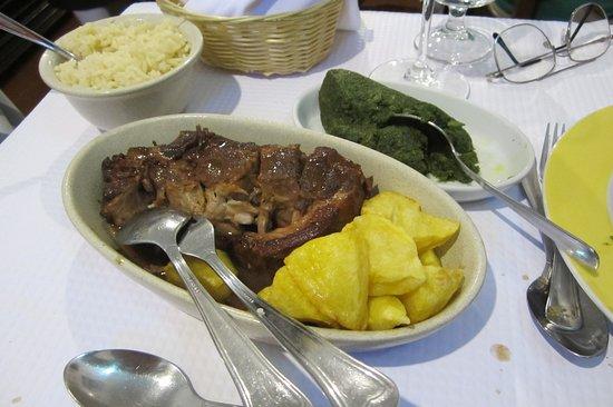 Taberna Tipica Quarta Feira: Pork neck with vegetable puree