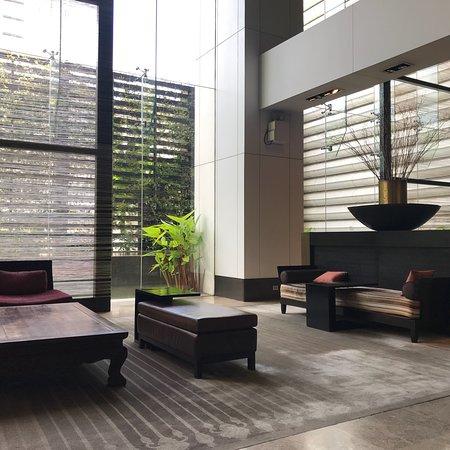 Flow - Millennium Hilton Bangkok: photo1.jpg