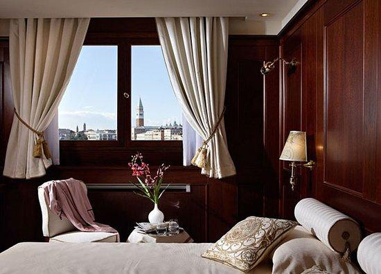 Hotel Bucintoro: Guest room