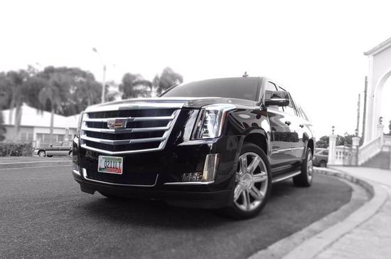 SUV Luxury Transportation from San Juan to Rio Grande hotel area