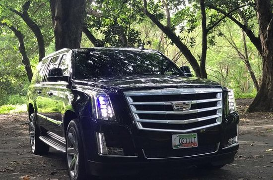SUV Luxury Transportation from San Juan to Dorado hotel area
