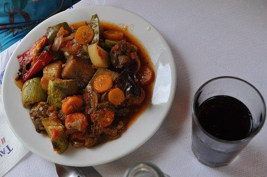 Ταβέρνα Αποθήκη: Taverne Apotiki, plat chaud végétarien