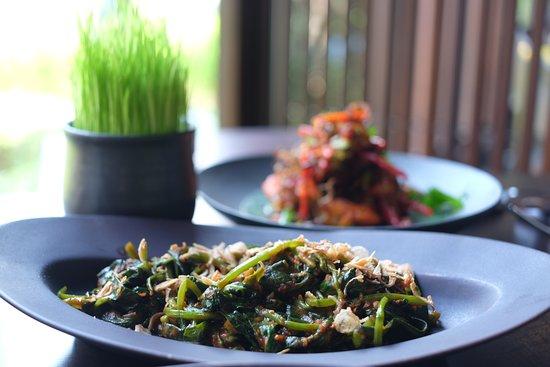 Lumbung Restaurant: Water spinach with sambal