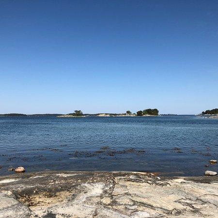 Moja, สวีเดน: Hiking map, hiking possible on the island.