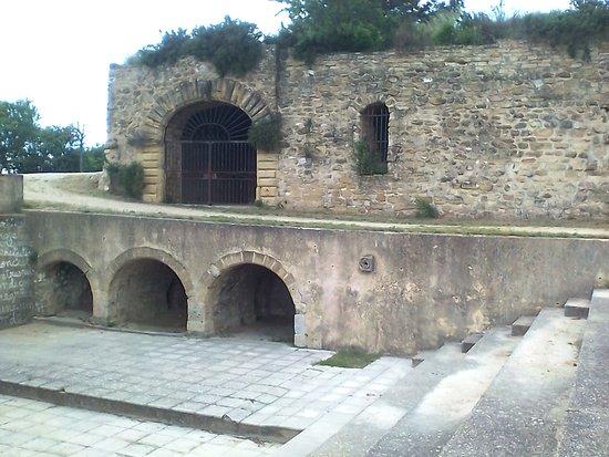 Eglise Saint-Etienne: Arcades