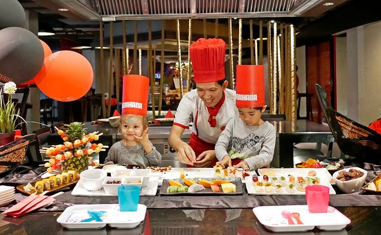 เบนิฮานะ:  Benihana at AVANI Atrium Bangkok Special Activity- children activities