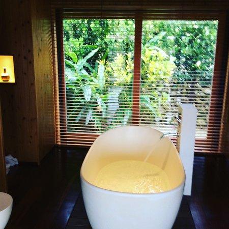 HOSHINOYA Taketomi Island: お部屋のお風呂