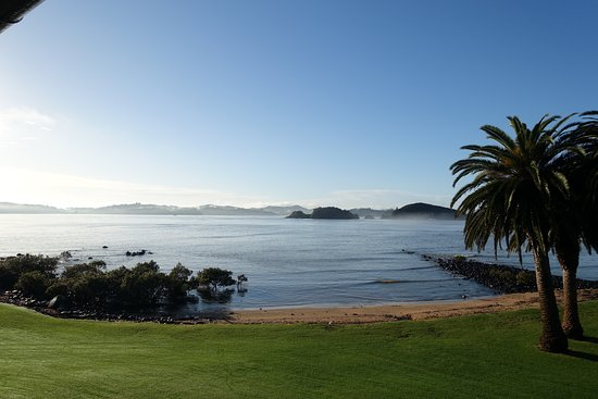 Waitangi, Nueva Zelanda: View from balcony of the Bay of Islands in the morning.