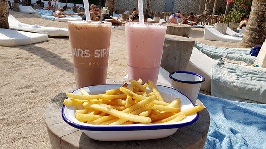 Mrs Sippy Bali: Fries & milkshakes