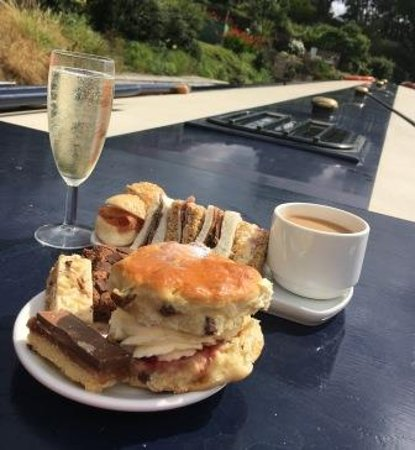 Kingfisher Cruises: Afternoon Cream Tea